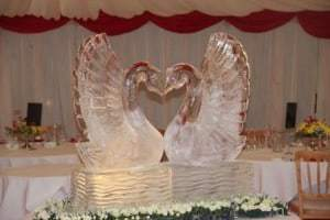 Hadley Marquees - Swan Ice Sculpture